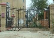 Ворота,  заборы,  перила и другие металлоконструкции на заказ. Ковка.