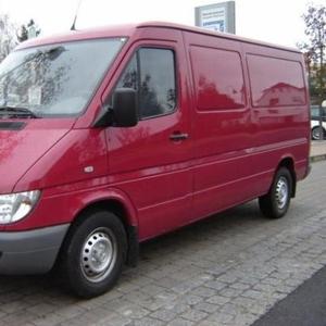 Продаю микроавтобус Мерседес Спринтер 208 cdi